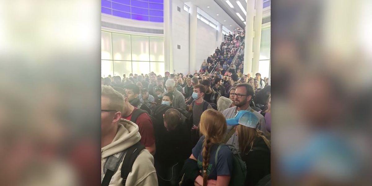 Coronavirus screenings jam US airports; 'atrocious,' a flyer says