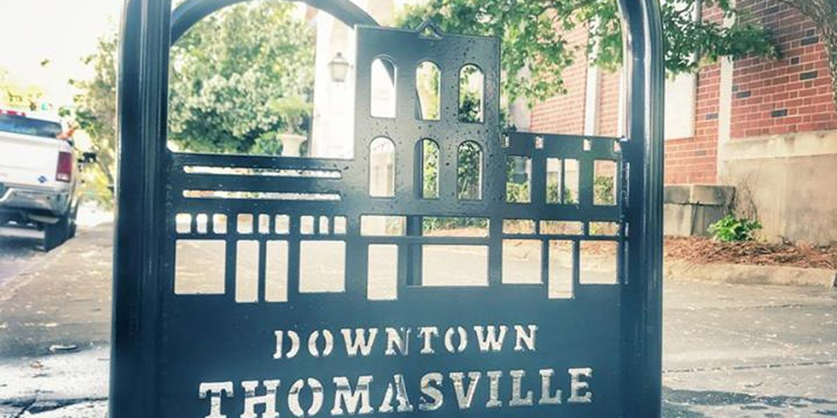 Thomasville public works installs 7 new bike racks downtown