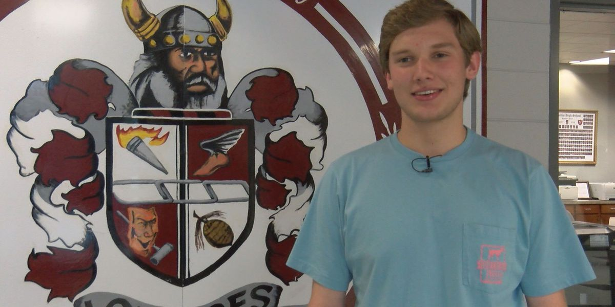 Lowndes student participates in boys nation