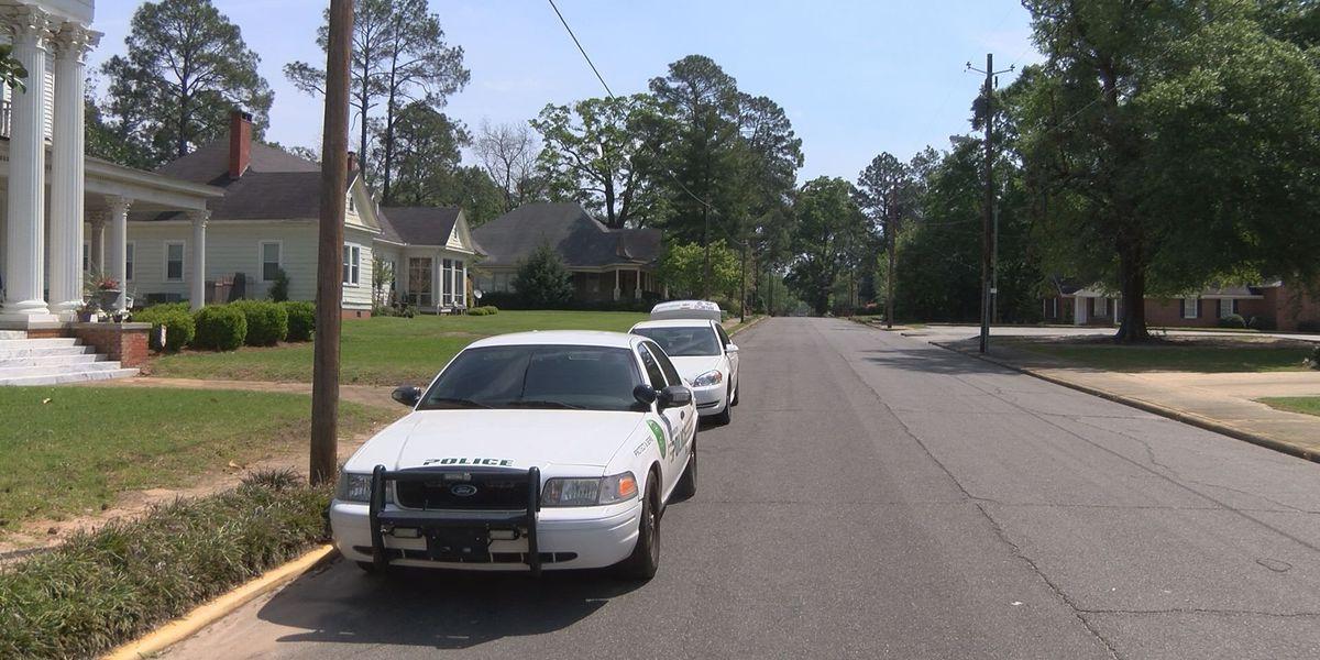 Gunfire erupts in quiet Dawson neighborhood