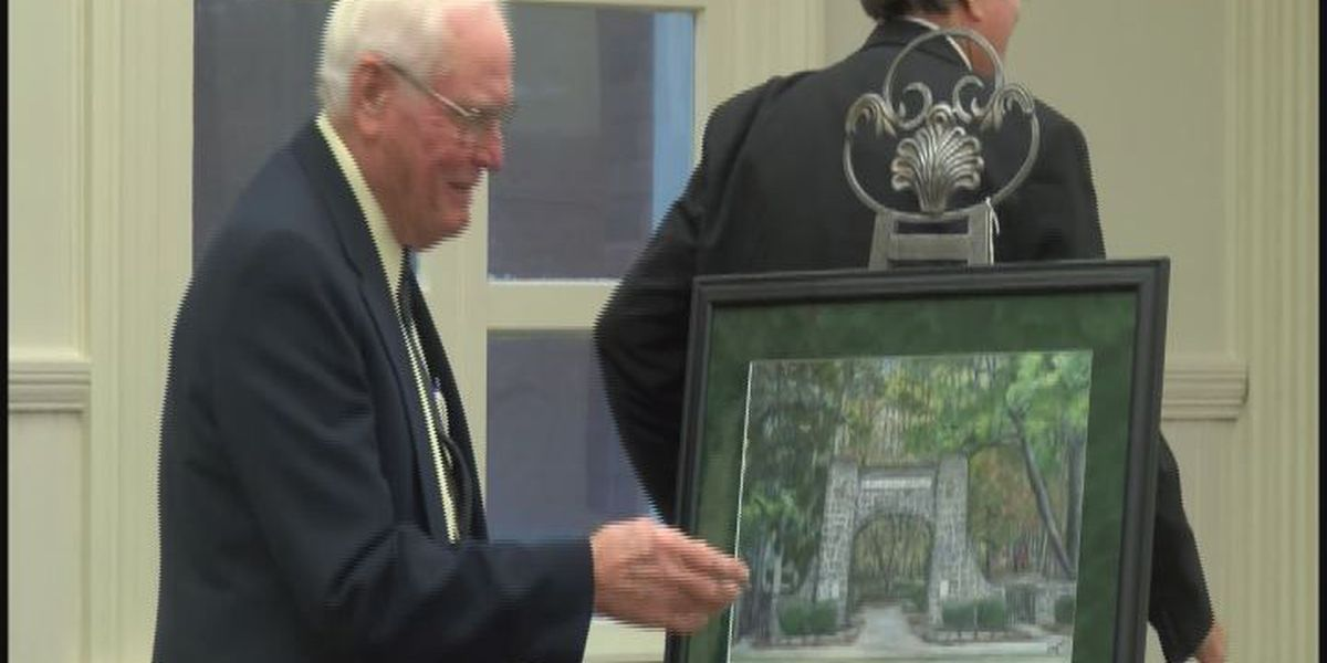 New painting will hang inside Tifton City Hall