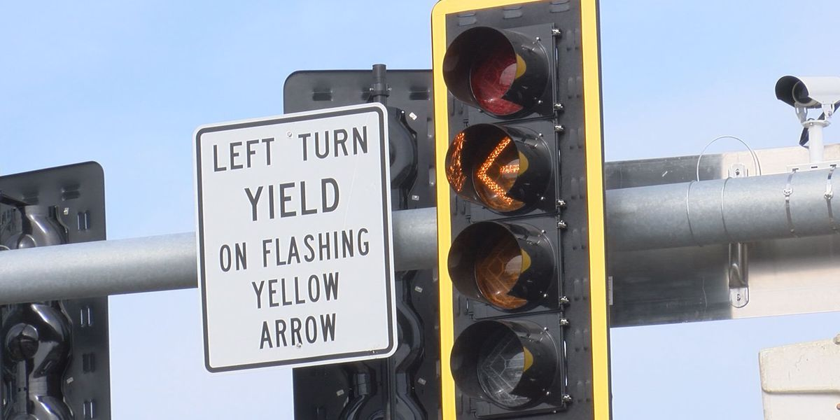 Berrien and Lee counties get flashing yellow arrow signals