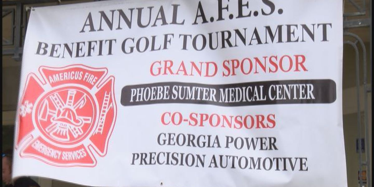 Firemen play golf to help those in need