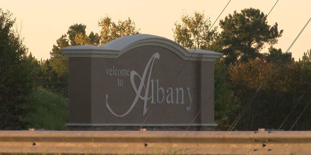 Leaders make plans to clean up East Albany gateway