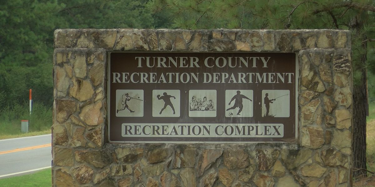 Turner Co. recruiting for youth football, soccer and cheerleading teams