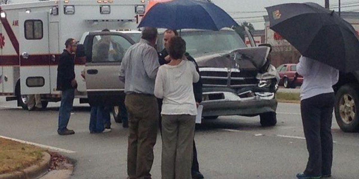 Multiple car wreck on Westover Boulevard