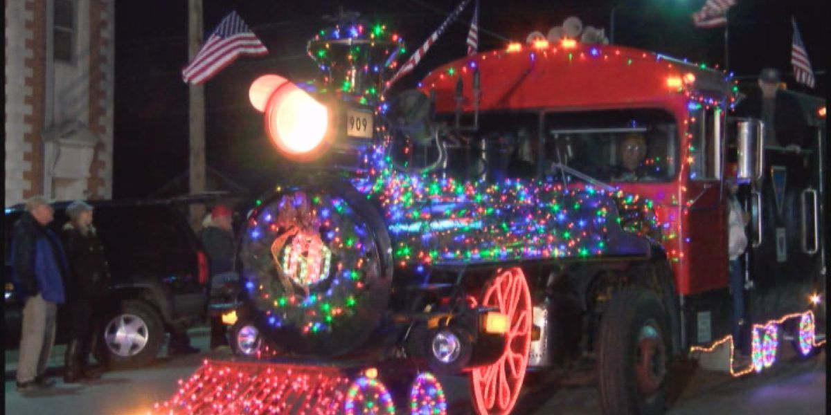 Downtown Sylvester celebrates 'the gift of Christmas' with parade