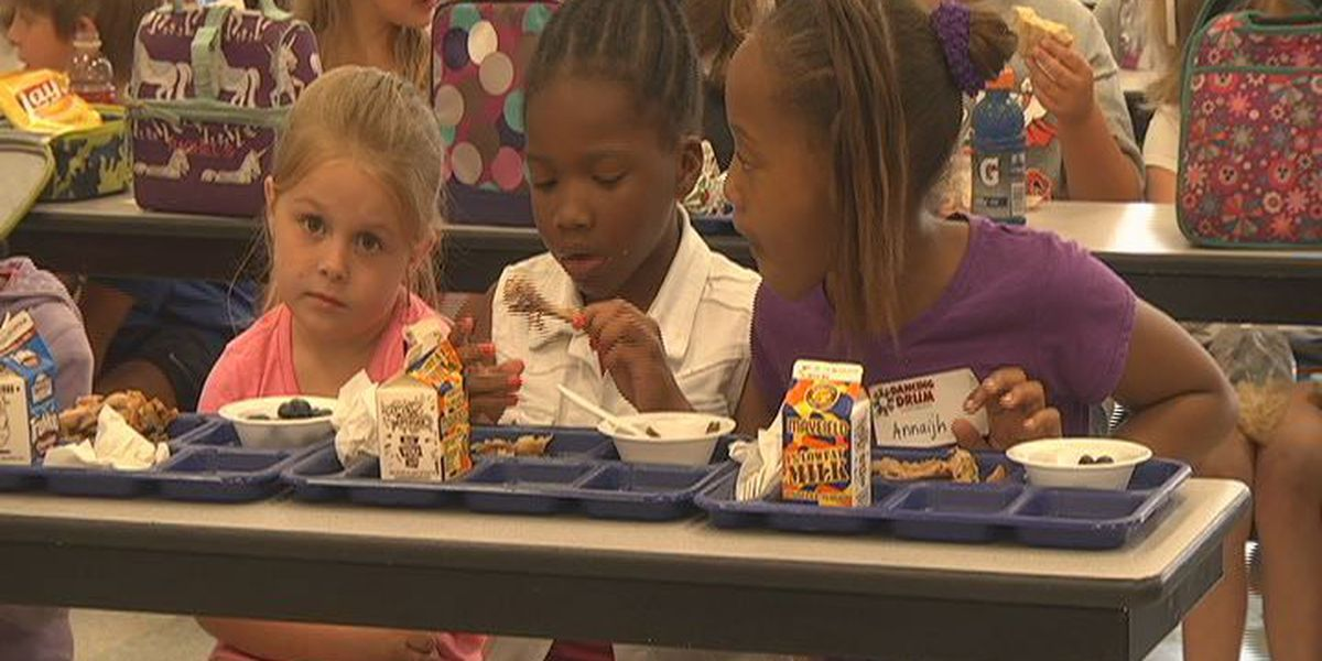 Grant teaches Tifton kids about fresh foods