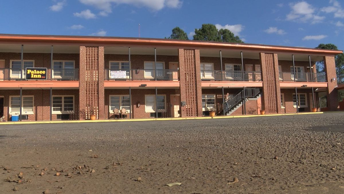 Judge orders Albany motel to close by Tuesday