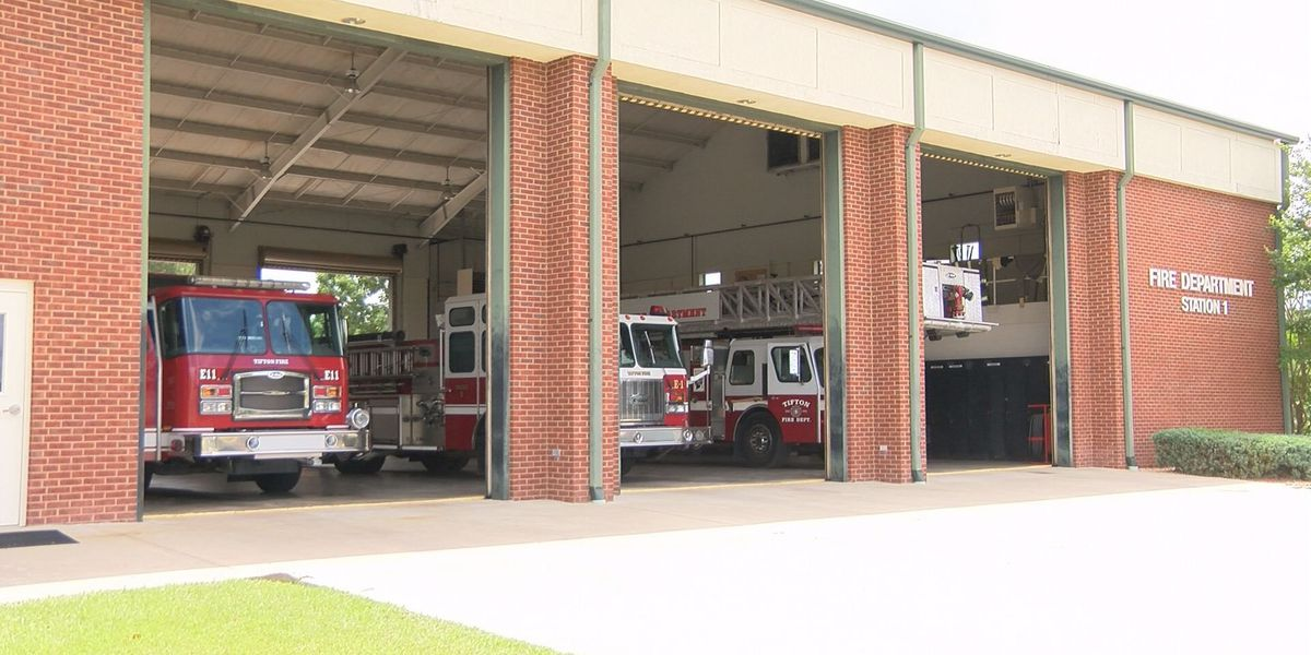 Tift Co. woman organizes drive for fire departments