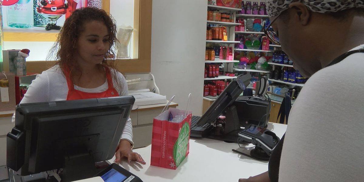 How to avoid cyber scams & credit card theft during holidays