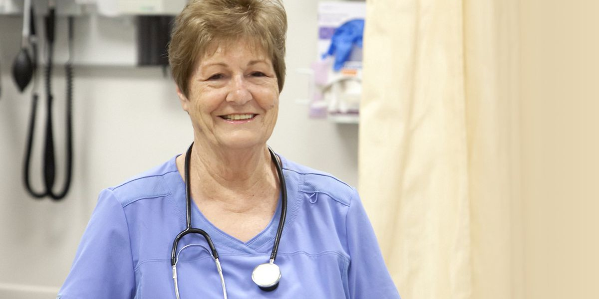 78-year-old nursing aide student redefines college experience