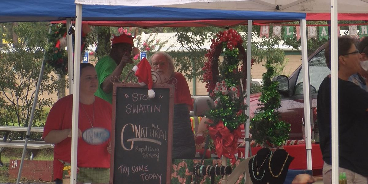 Tift Park market hosts 4th annual 'Christmas in July'