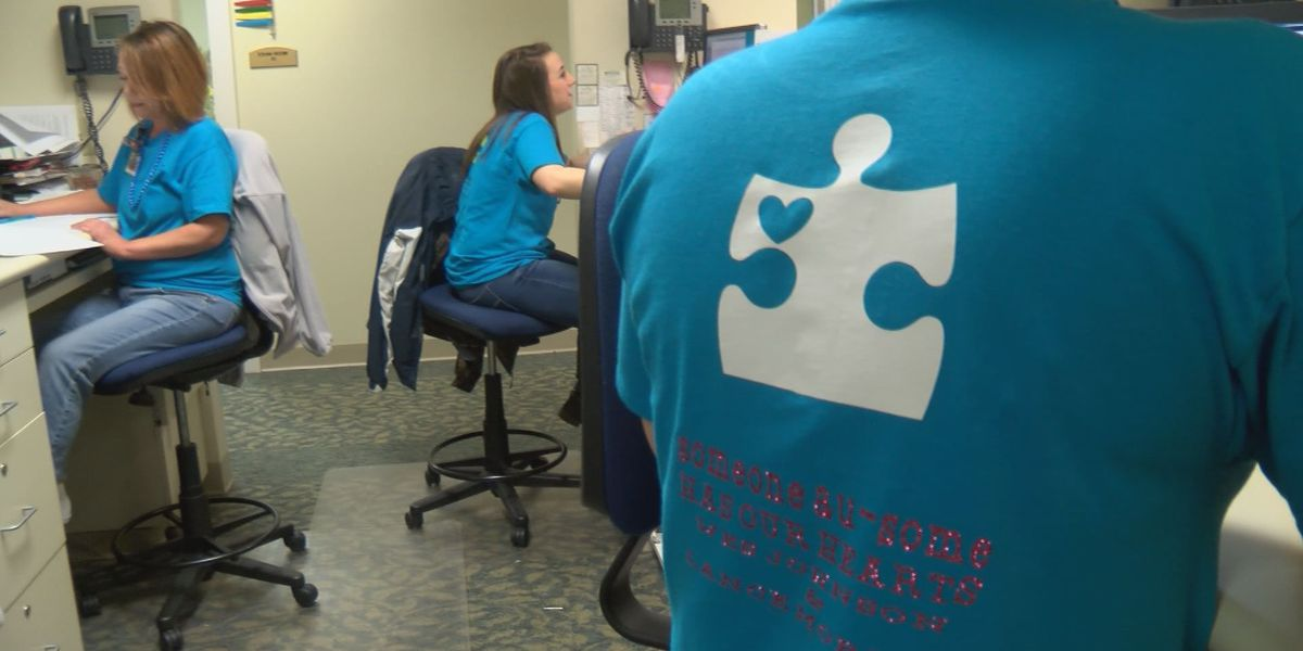 Medical center employees wear blue for autism