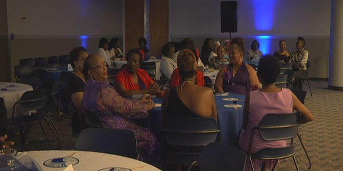 Senior Citizen Prom draws good crowd