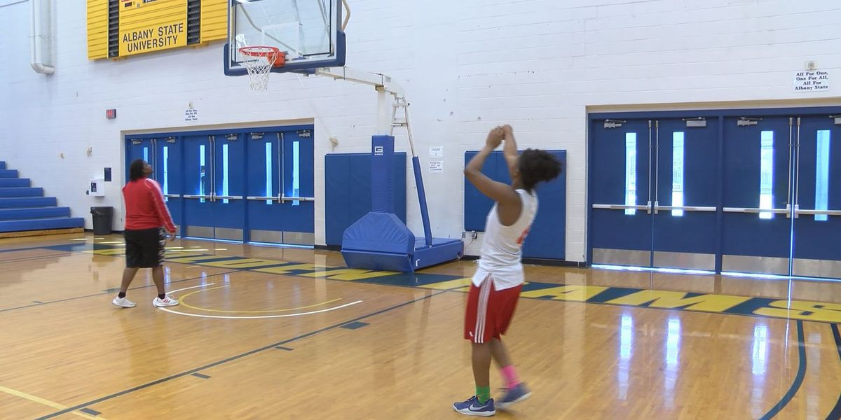 7 Deep: Lady Titans strength is not numbers