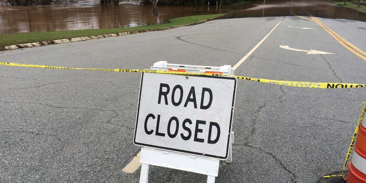 Flint River flooding near cresting point in Albany