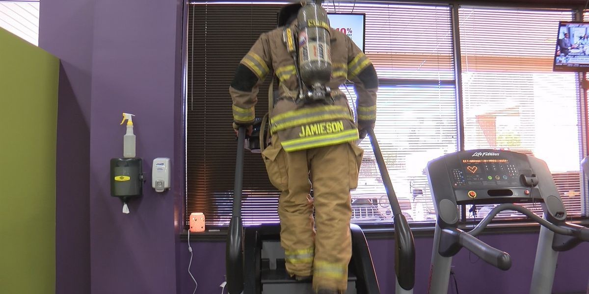 Lee County first responder climbs 110 stories in memory of fallen firefighters