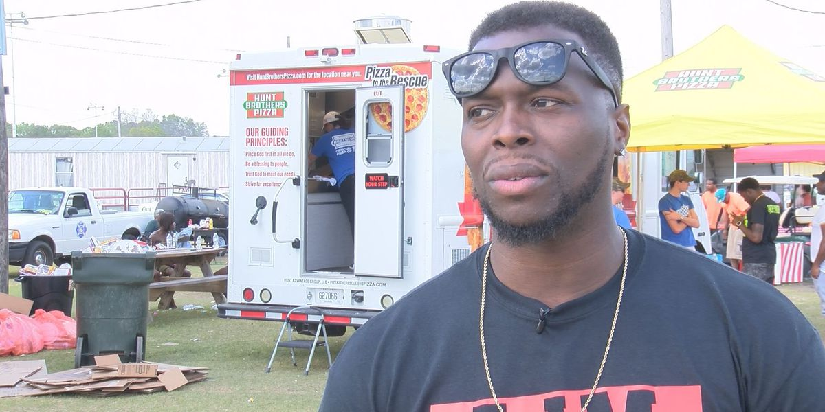 """""""The Voice"""" contestant J Chosen helps community at Albany Strong Fun Fest"""