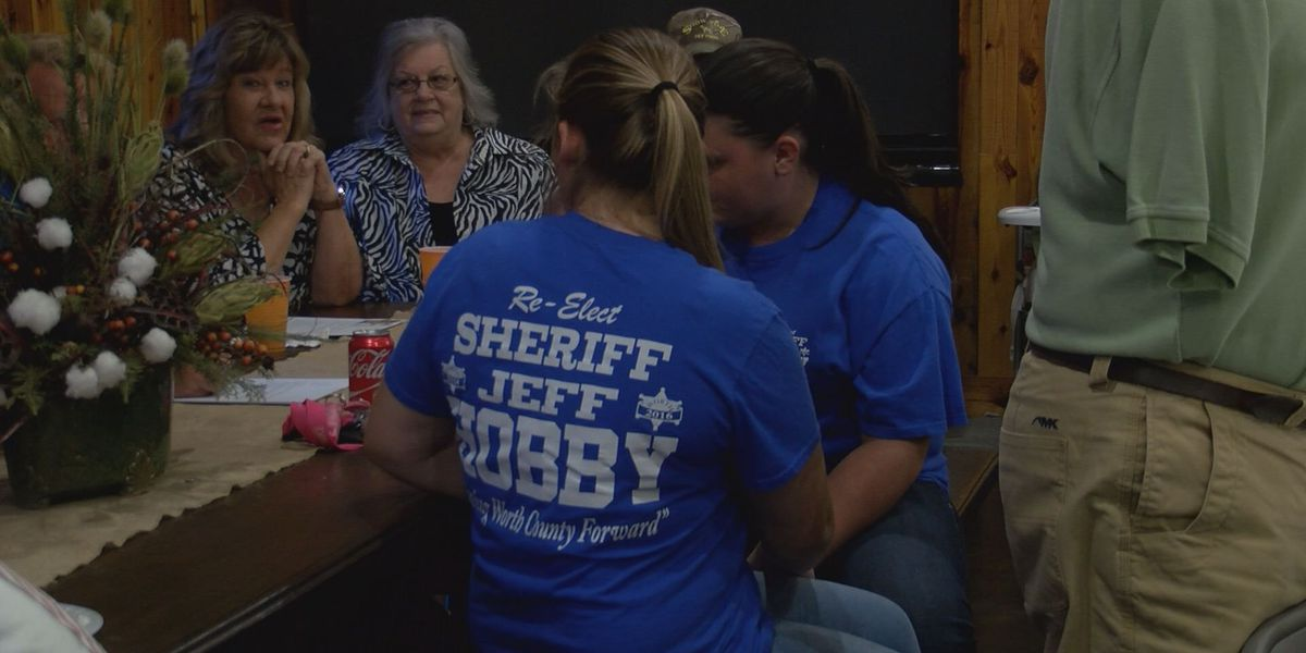 Residents band together to support Sheriff Hobby