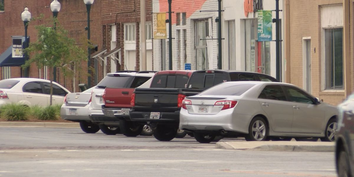 Police chief plans to issue downtown parking citations again