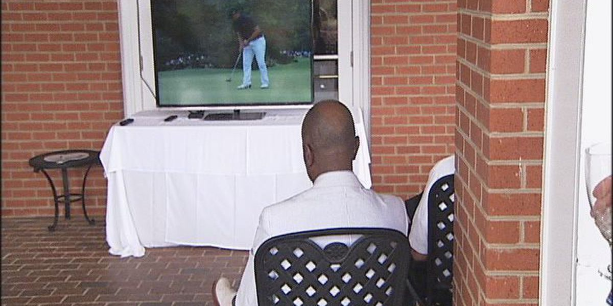 Masters viewing party raises money for Albany ARC