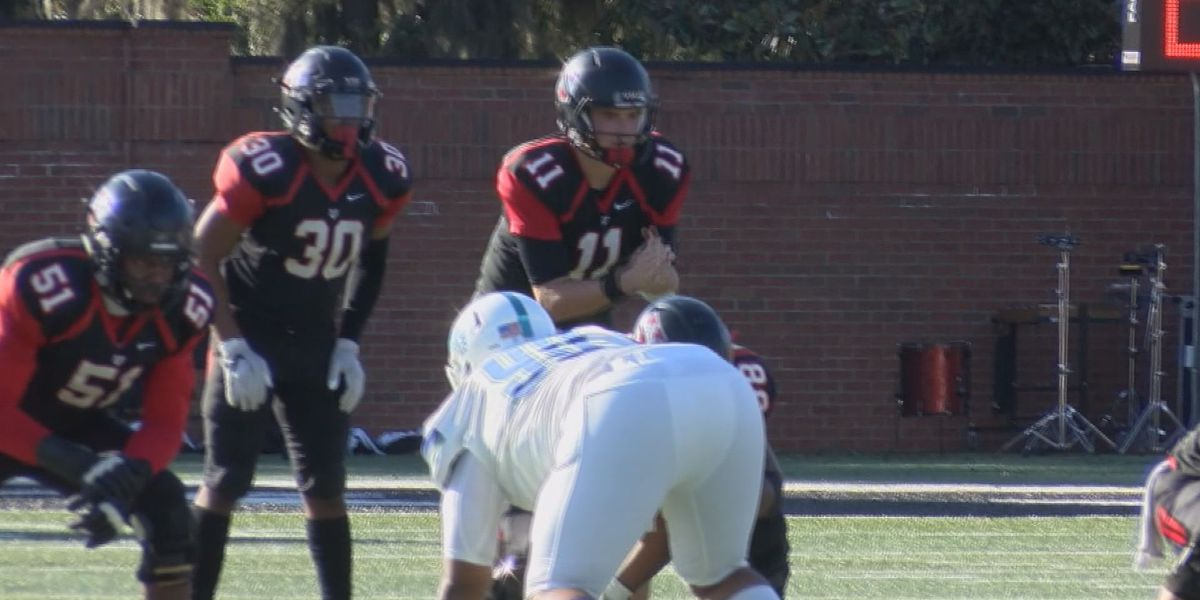 Source: Valdosta State University's quarterback Rogan Wells transferring