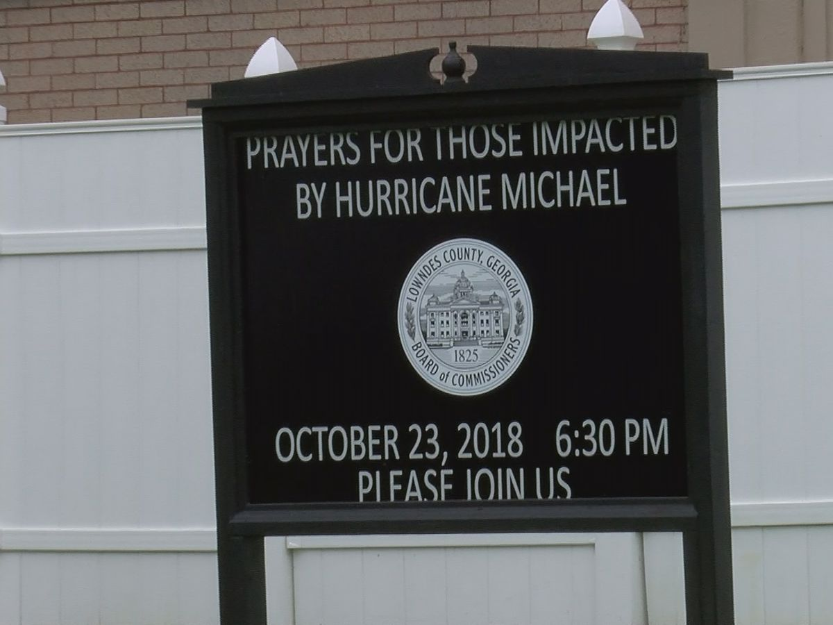 Lowndes Co. prays for victims of Hurricane Michael