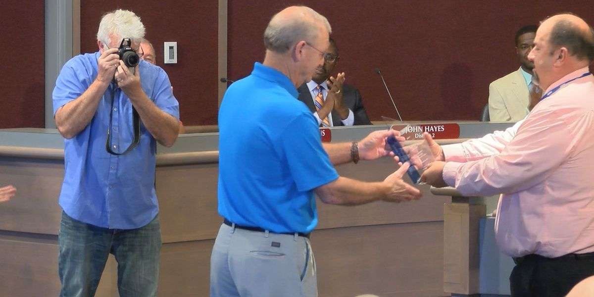 Dougherty's Public Works director honored after a 'difficult' year