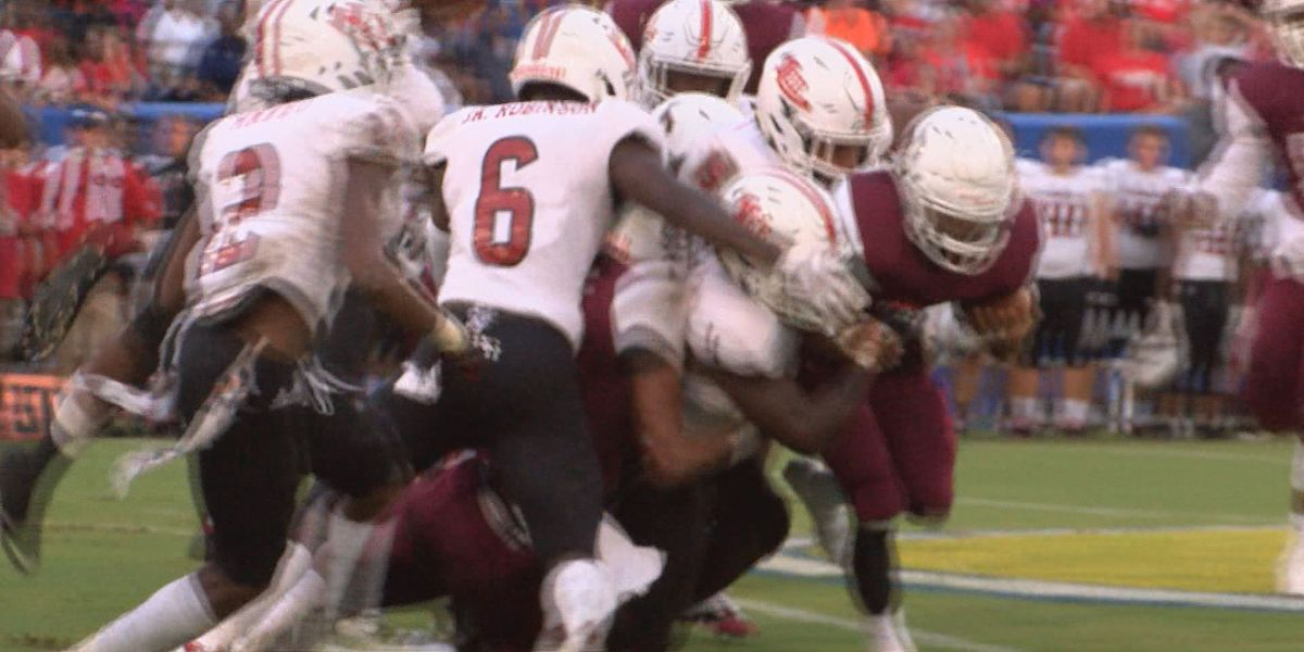 Monday's 5BF: Lee County allowed -70 yards in Trojan Bowl win
