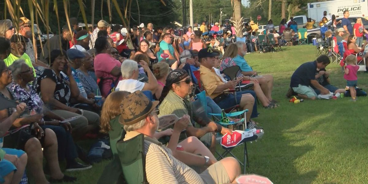 Sylvester continues July 4th celebrations for second year