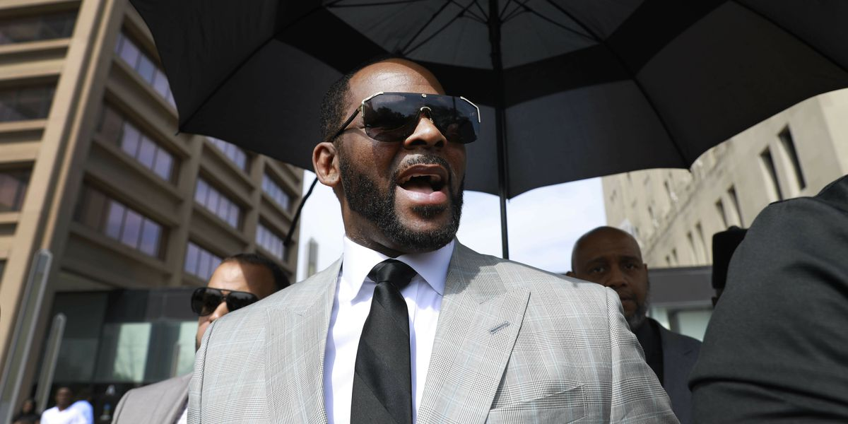 R. Kelly a no-show in court on Minnesota solicitation charge