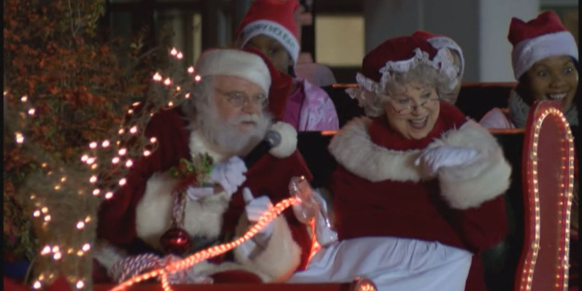 APD enforces safety and road closures ahead of Christmas parade