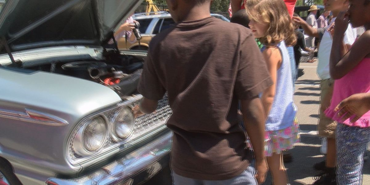 Classic cars inspire students to get excited about history