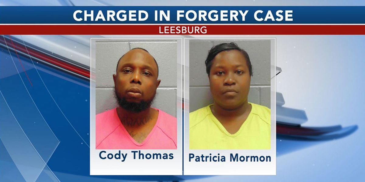 2 charged with making, passing phony checks in Leesburg