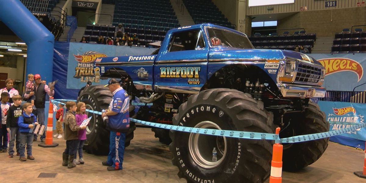 Fans show excitement for Hot Wheels Monster Truck Show