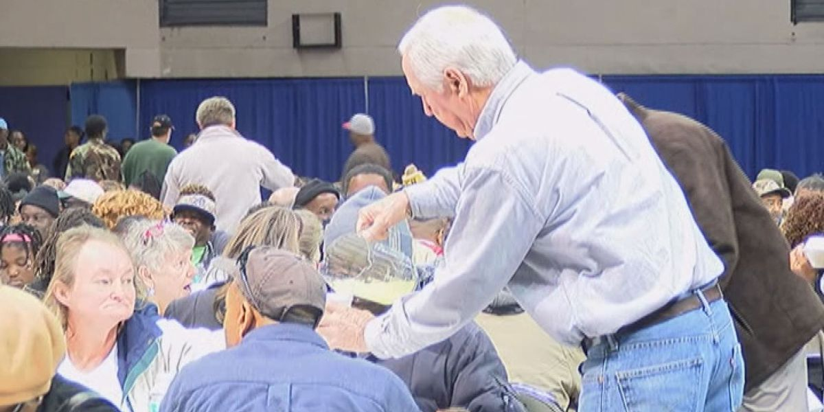 Albany police to host 7th annual Thanksgiving Community Meal