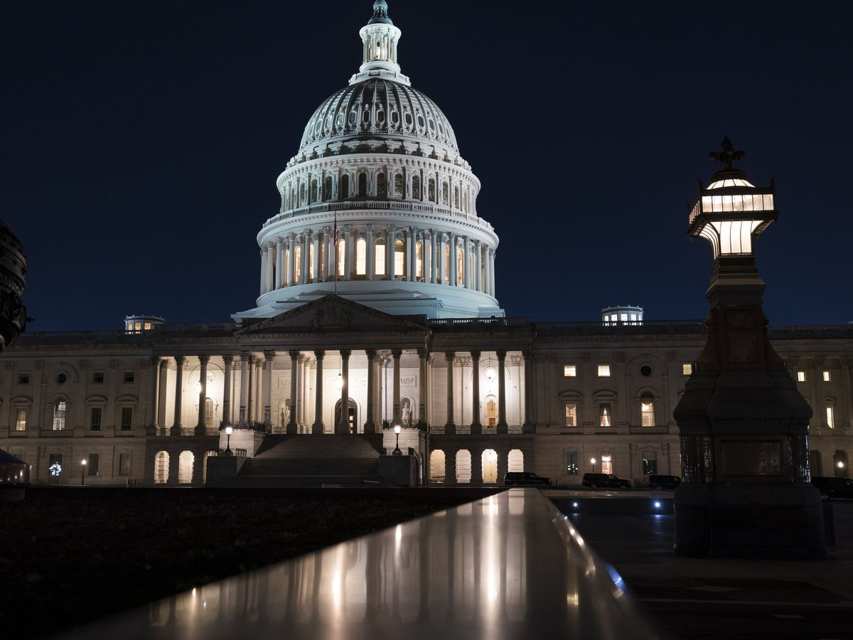 Senate Dems strike jobless aid deal, relief and stimulus checks bill OK in sight