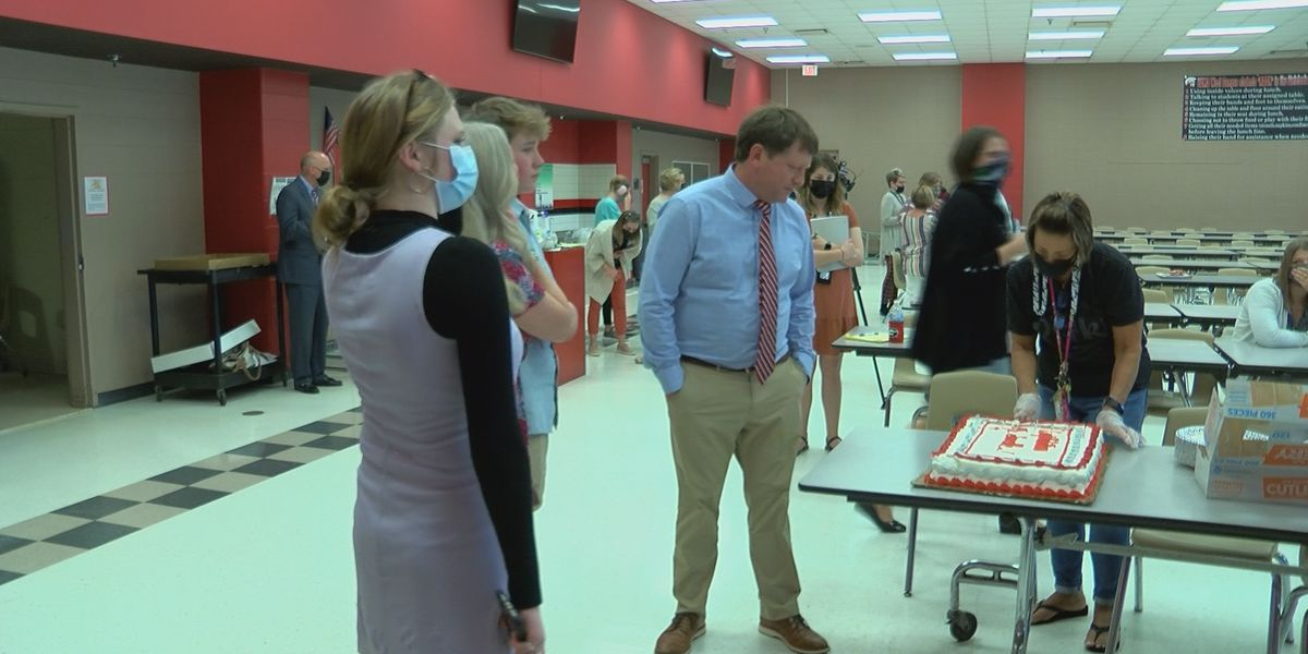 Lee Co. principal surprised with national award