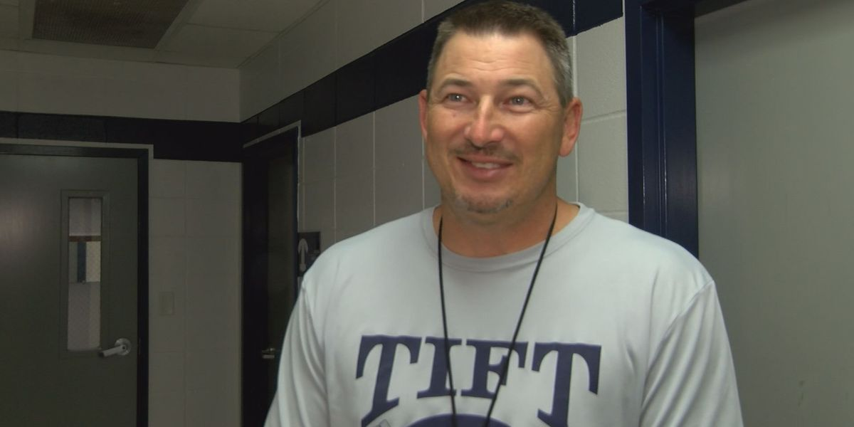 Tift football coach steps down