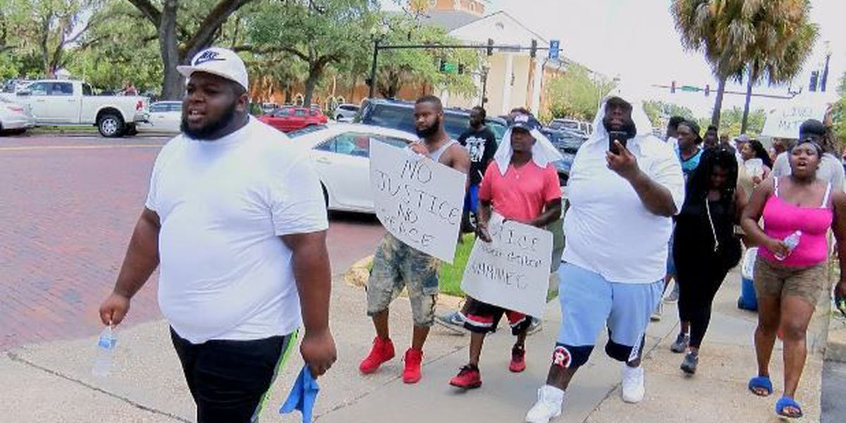 Thomasville citizens remember King speech, law enforcement shooting