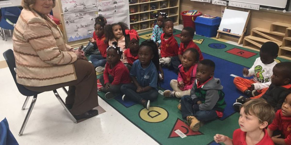 GA leaders read to Pre-K students