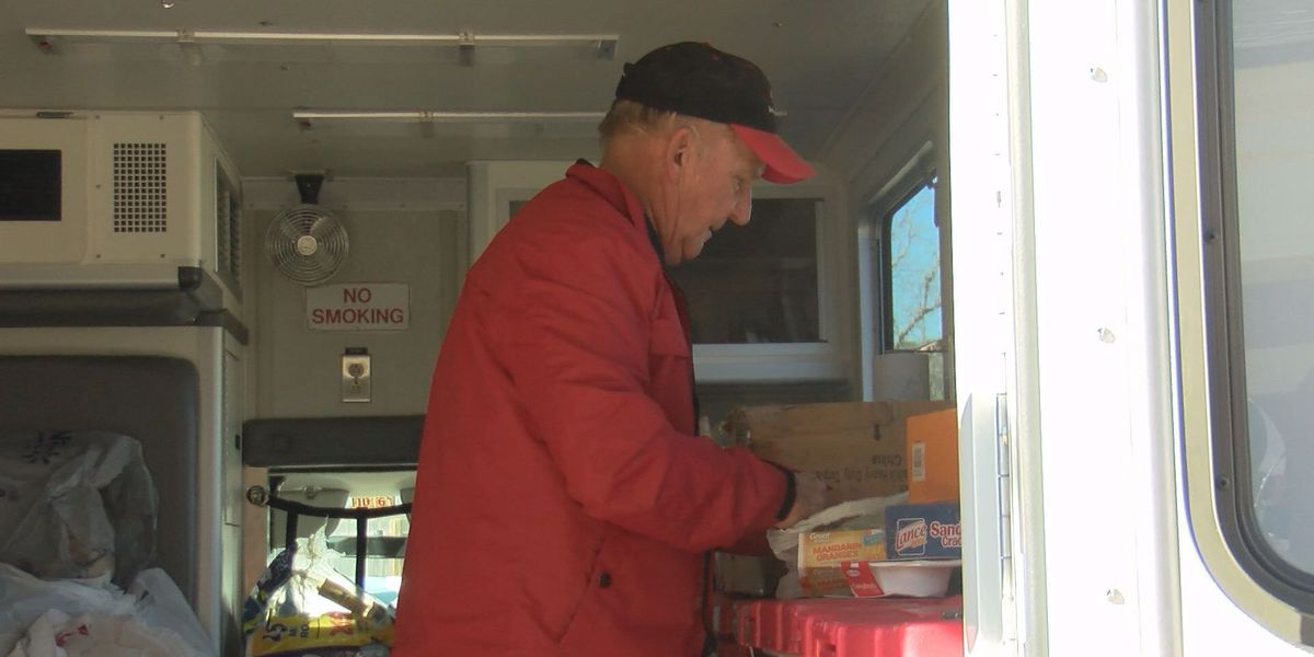 Hot meals by the hundreds made for Albany storm victims