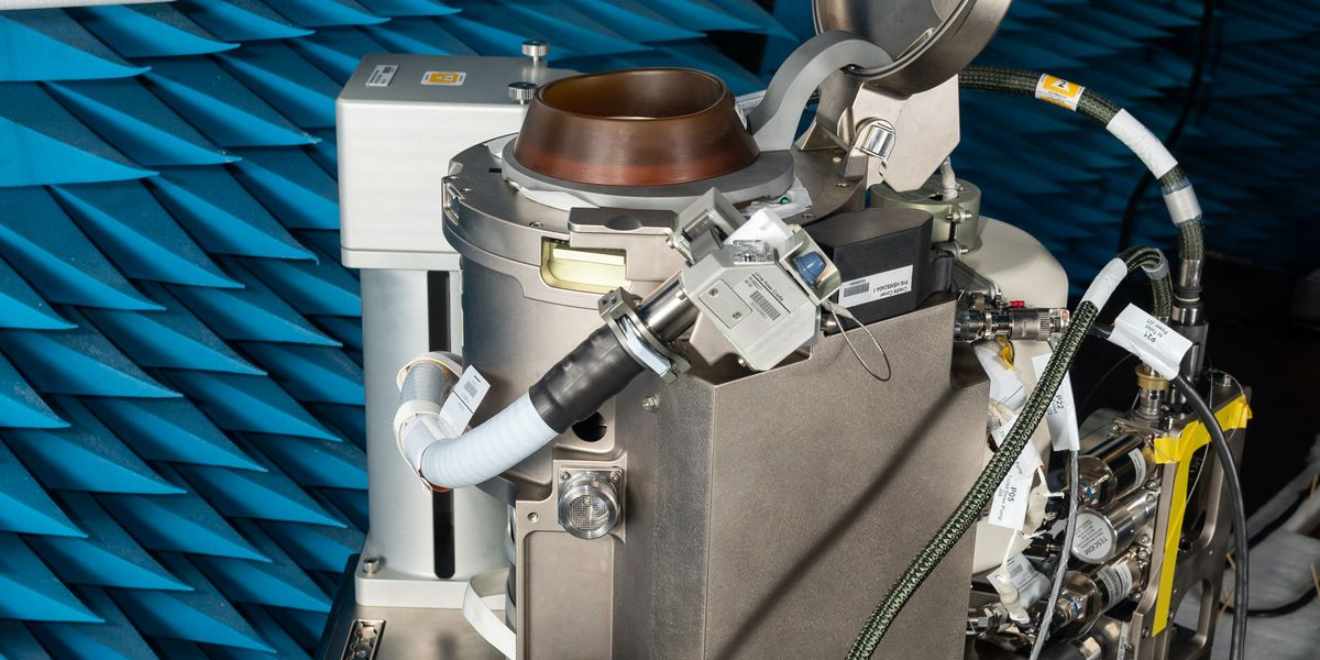Potty training: NASA tests new $23M titanium space toilet