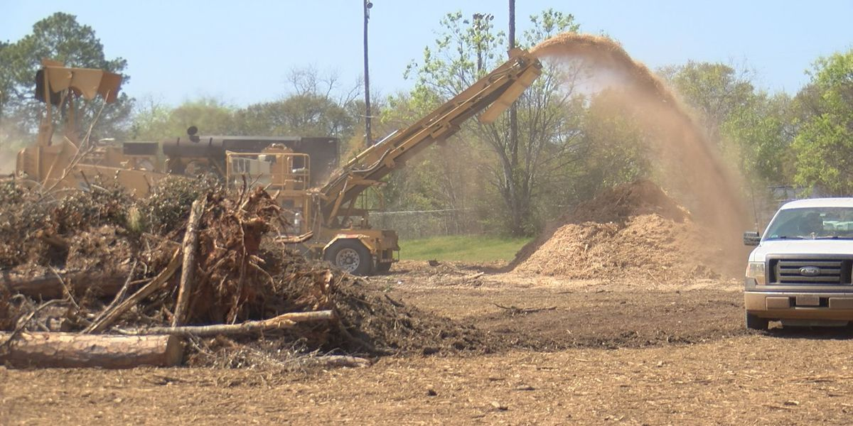 Cleanup crews agree to modify hours after noise complaint