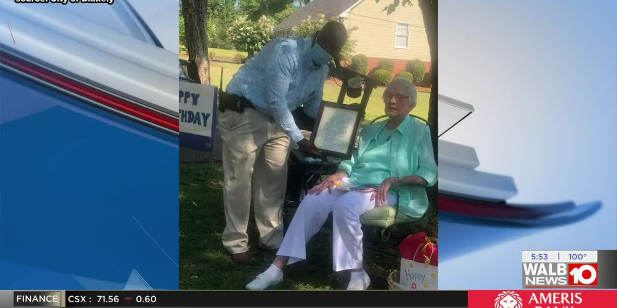 Good News: Parade helps Blakely woman celebrate turning 102