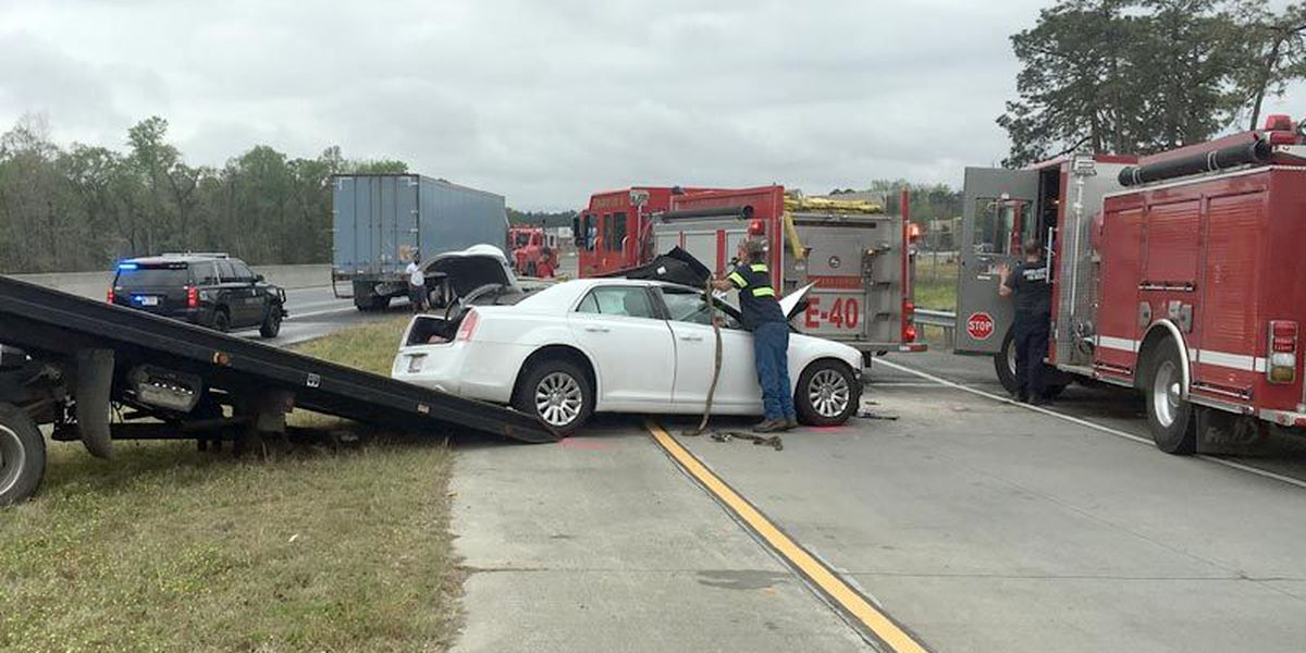 Woman identified in fatal I-75 wreck in Lowndes County
