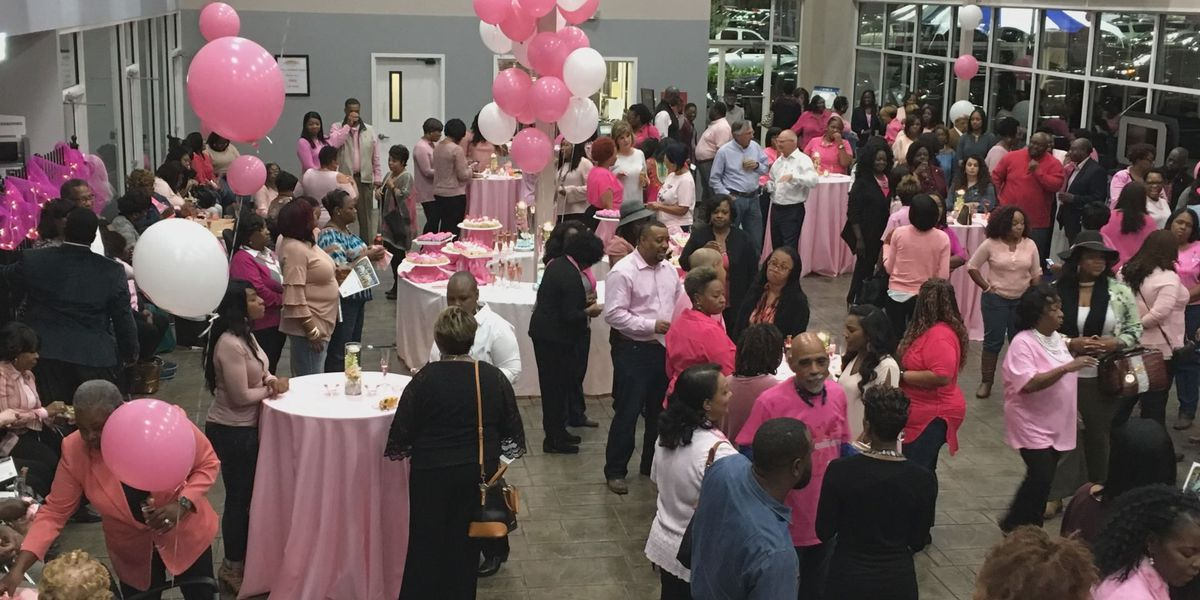"""More than 200 people attended the """"Cupcakes and Cocktails for a cure"""""""