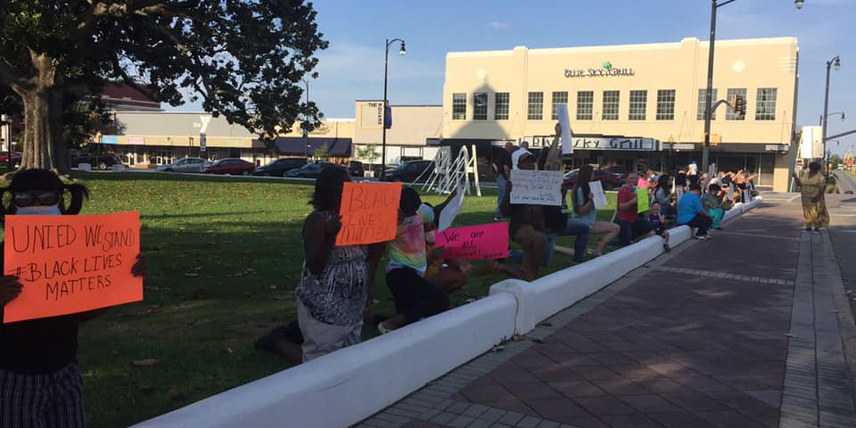 Black Lives Matter demonstrations continue in Moultrie