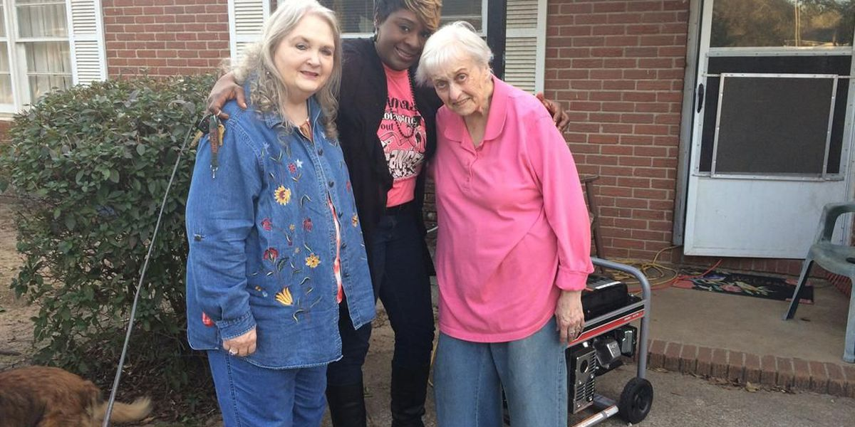 Albany senior citizens still without power 10 days after the storm